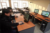 Aula de Informática de la OhmyNews Citizen Journalism School
